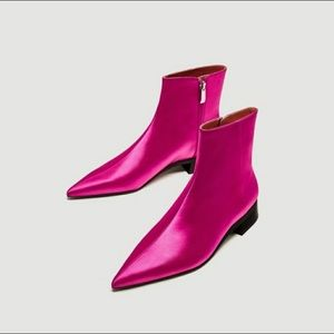 Authentic Zara sateen pointed chelsea boots. BNWT